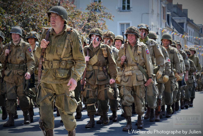 Défilé des troupes 82ème et 101ème Airborne